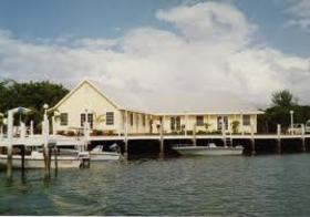 Bluff House Yacht Club & Marina