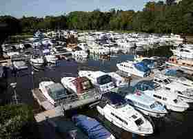 Windsor Marina 3