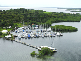 Bocas Yacht Club and Marina 6
