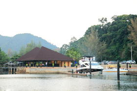Koh Chang Marina & Resort 3