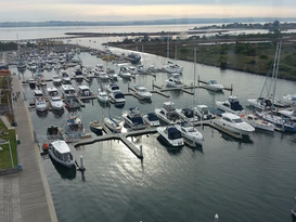 Queenscliff Harbour 6